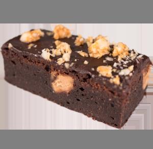 selbsgebackener brownie mit nuessen
